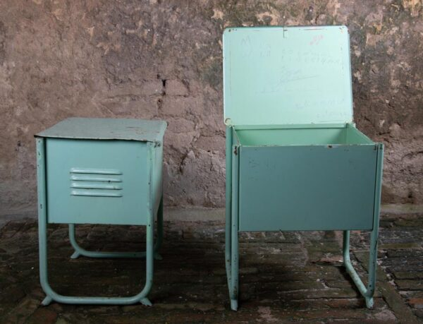 comodini-banco-vecchio-scuola-siena-mobili