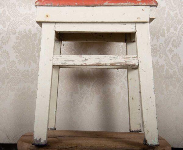 sgabello-bianco-rosso-la-mobille-siena-sedute
