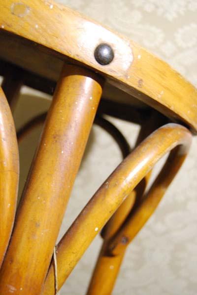 sgabello-thonet-vintage-legno